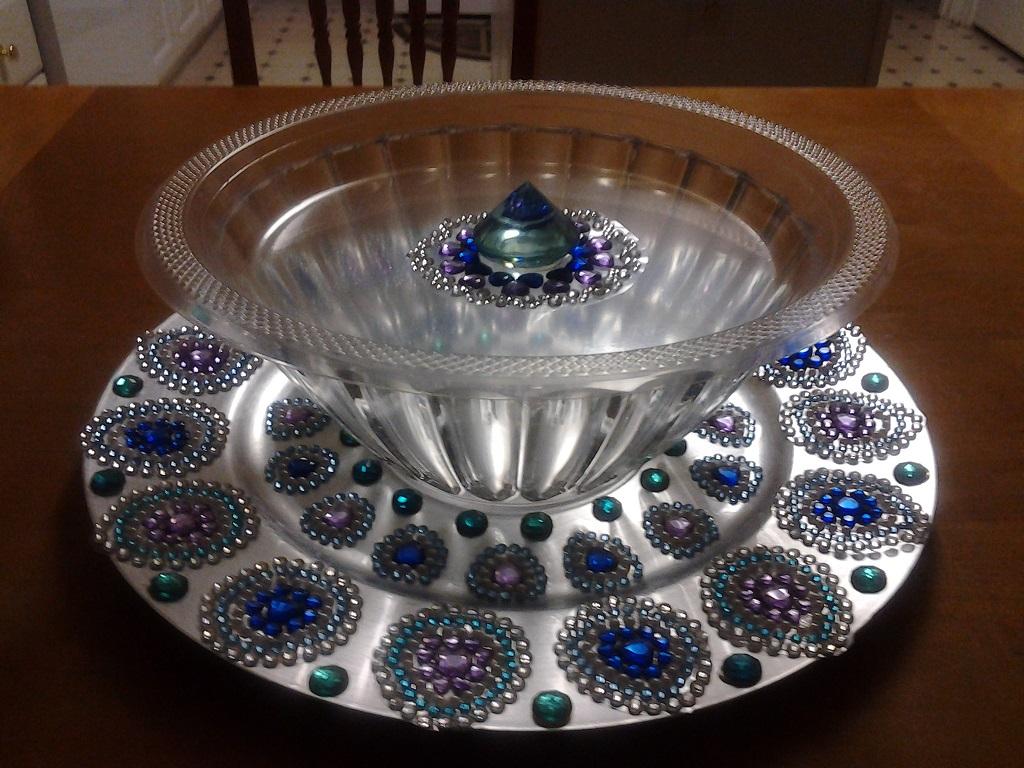 018 & Decorative plate to display snacks and sweets.   Raji Creations